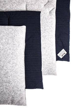 Marta Morgan Stable / Travel Bandage Pads (Grey Fleece with a Navy and Silver Striped Cotton)