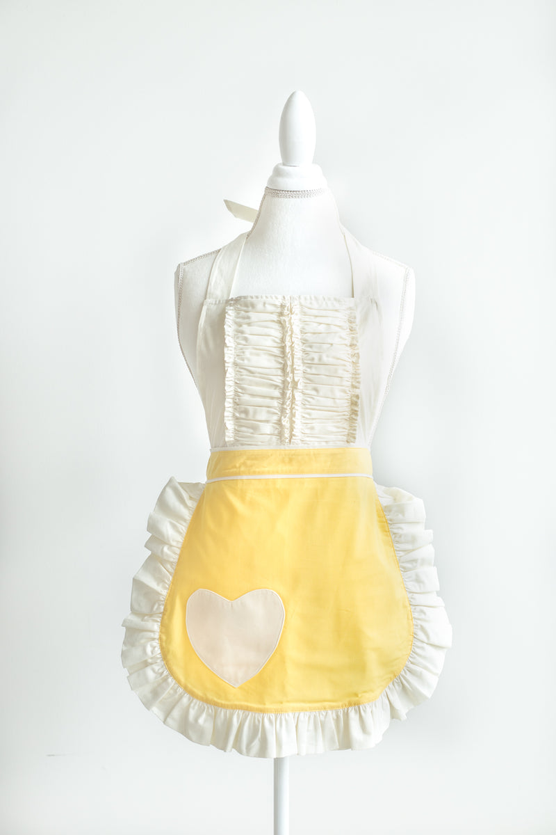 Vintage Darling apron in yellow