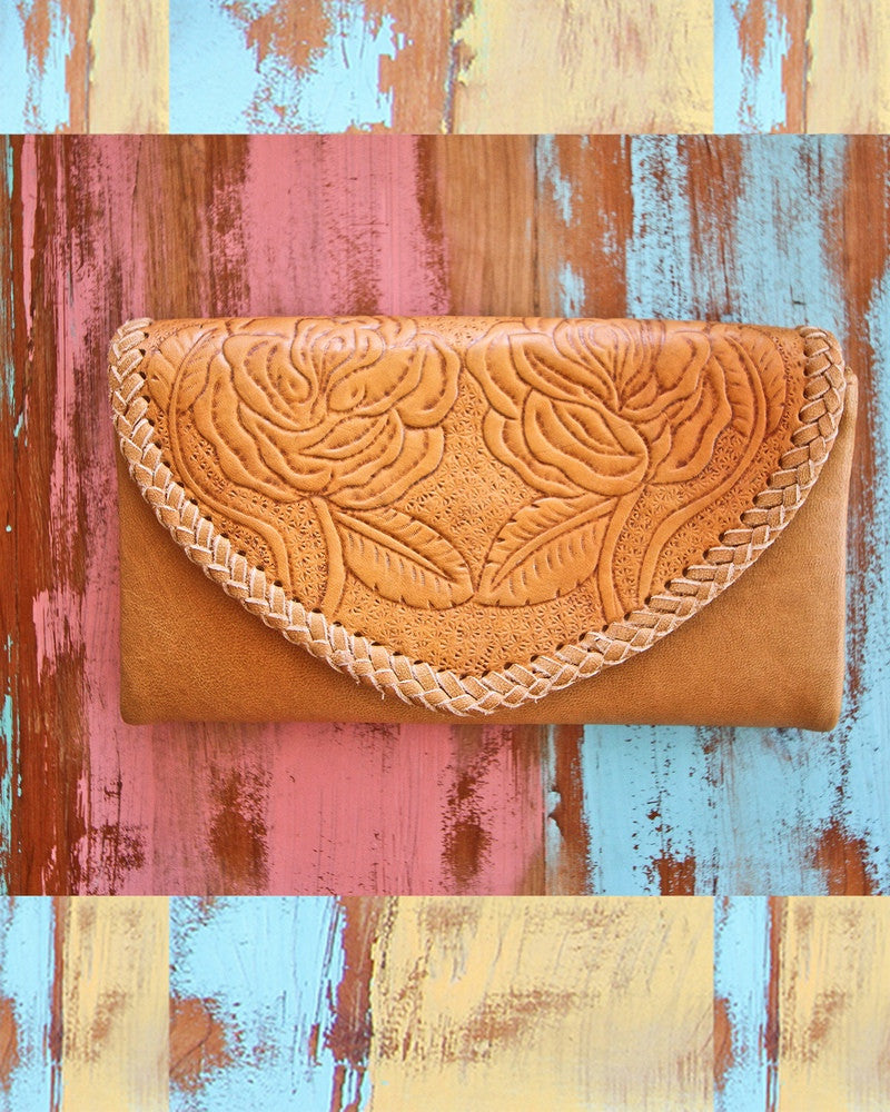 Mahiya LOVES hand tooled leather - 4