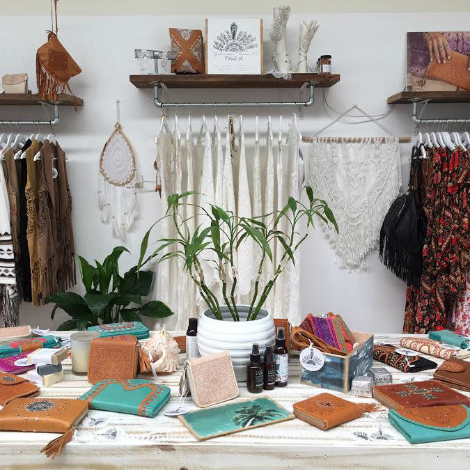mahiya showroom currumbin