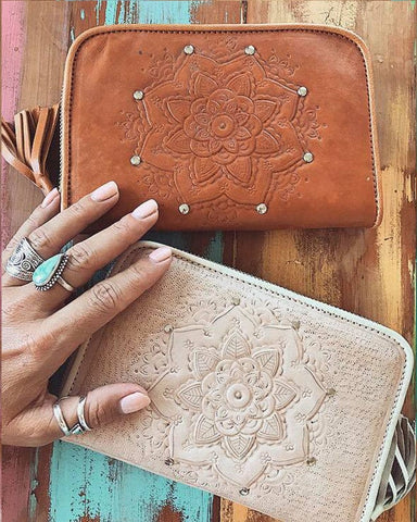 Malu Leather Clutch