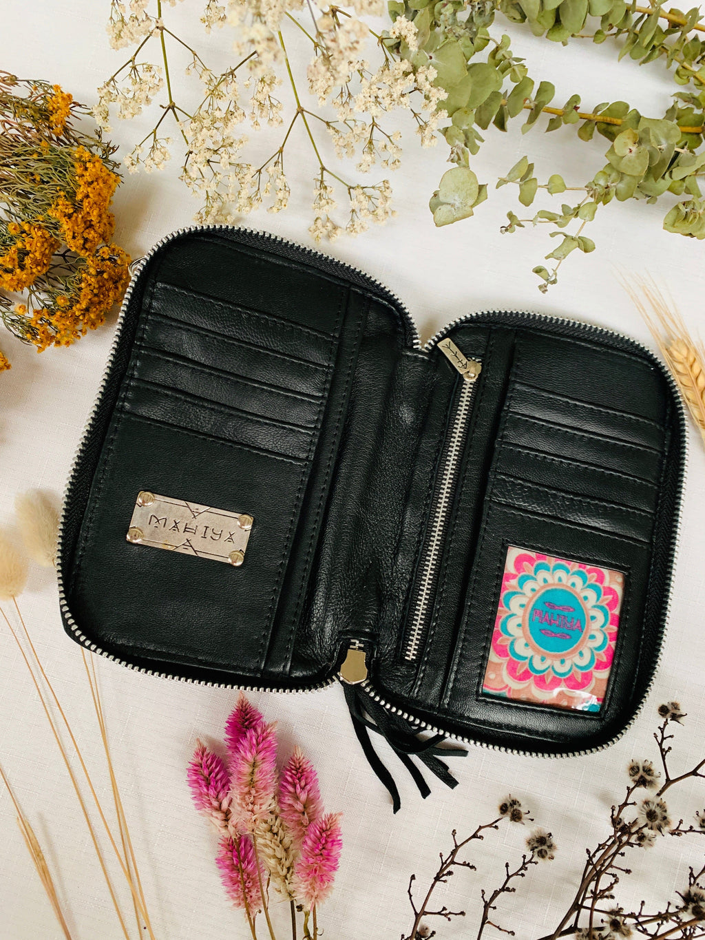 Shimla Phone Pouch - Black