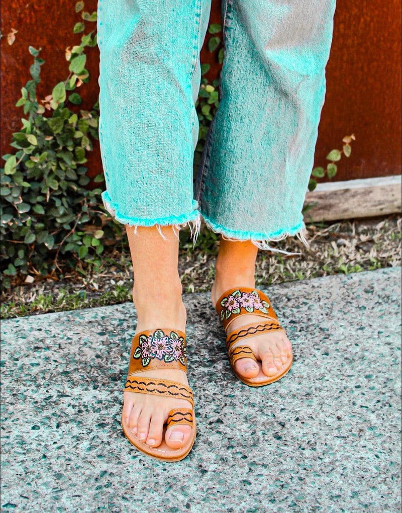 Everly Sandals