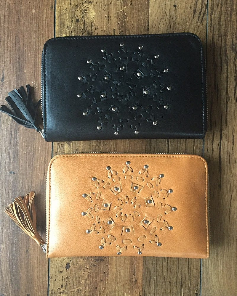 hand tooled leather wallets