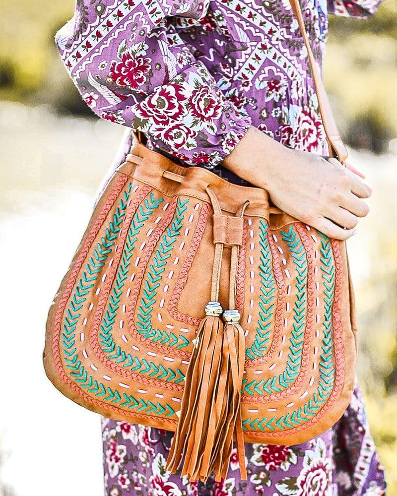 Dream Weaver Bag Fringe Free - Tan / Black