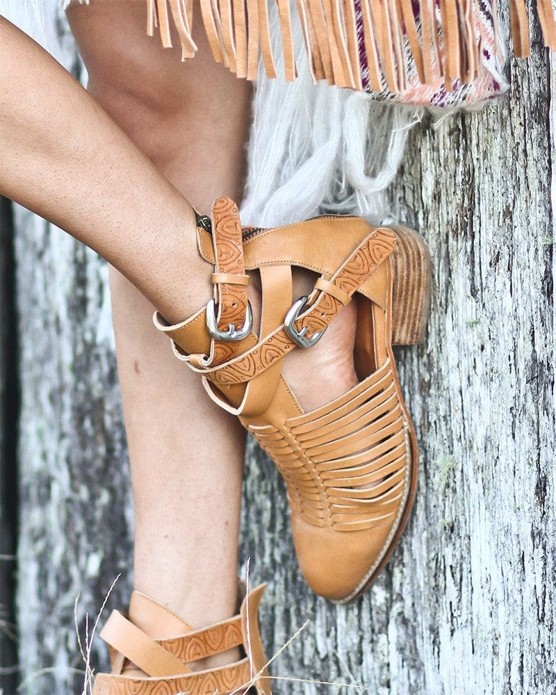 womens strappy leather boots