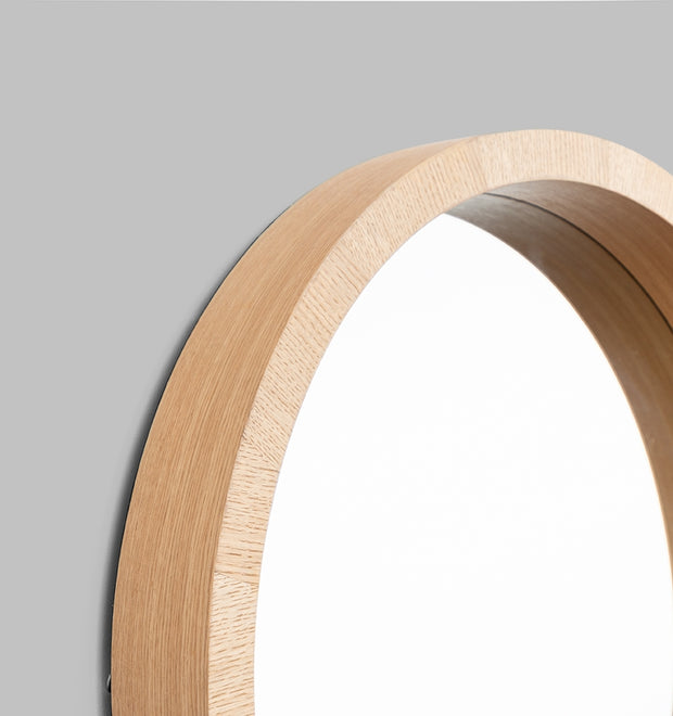 Light wood circle mirror 81cm