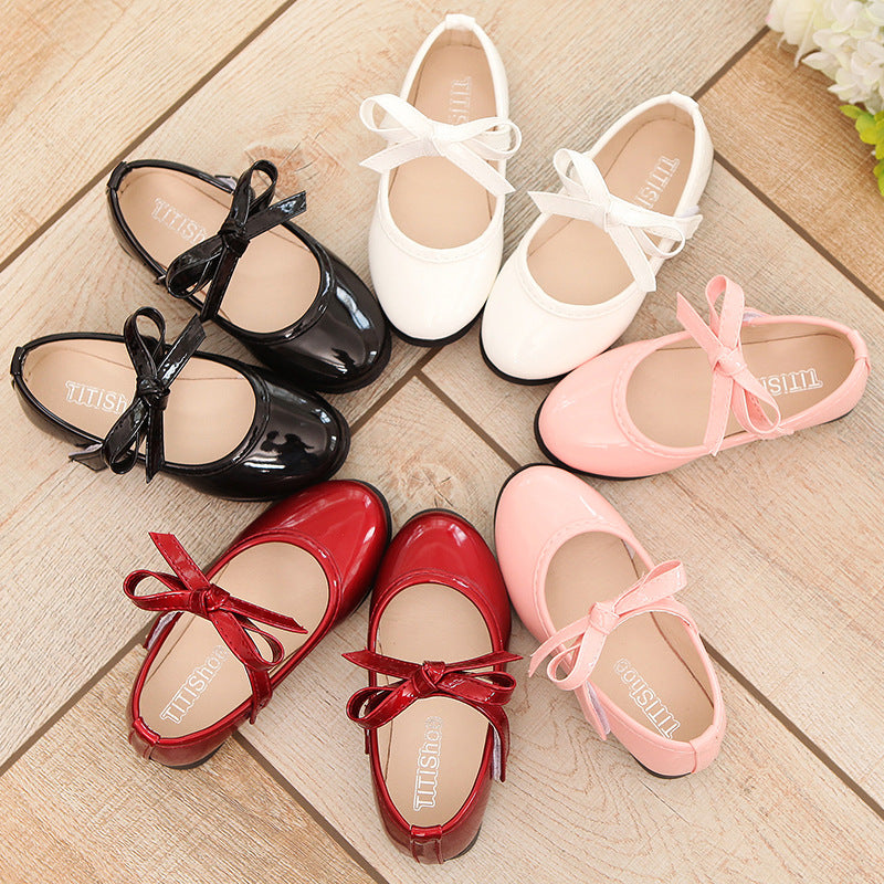 2018 Hot new spring and autunm girls shoes kids shoes black/white/pink/red Princess female students shoes 4 colors 21-36 - thefashionique