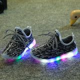 2018 Kids LED Shoes Children Casuals Shoes Baby Toddler Shoe Boys Girls Sports Shoes Kids LED Light Sneaker Baby Luminous Enfant - thefashionique