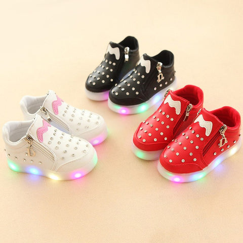 d30c1a9239e1e5 2018 classic hot sales Pu girls shoes Elegant beautiful baby kids footwear  boots LED lighted Lovely