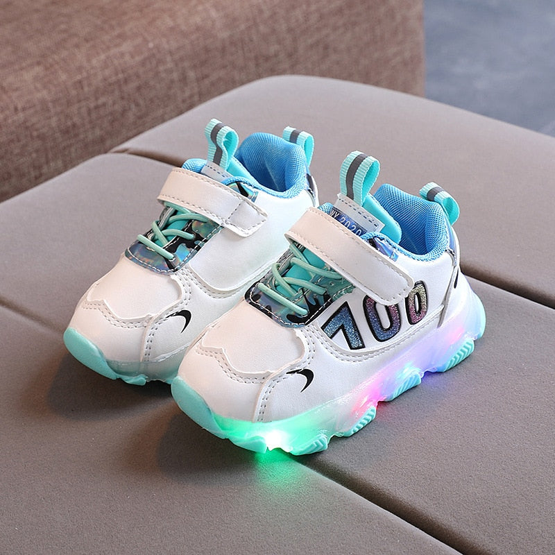 2020 Autumn Boy Sneaker with Light Up Shoes Winter Kids LED Casual Shoes Korean Girls Sneakers Luminous Breathable Mesh Shoes