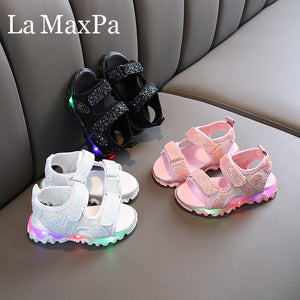 2020 New Arrival Kids Sandals Glowing Children Sandals with Light Toddler Girls Shoes Children Sandals Girls Princess Soft Shoes