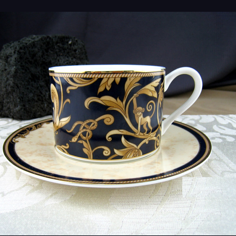 Bone China Coffee Cup Retro Figure Afternoon Tea cup Black And Gold Color Cup And Saucer Set Vintage Coffee Tea Set 2pcs/set - thefashionique