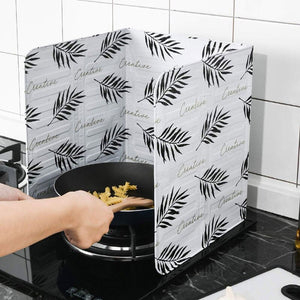 1Pcs Kitchen Foldable Gadgets Oil Splatter Screens Aluminium Foil Plate Gas Stove Splash Proof Baffle Home Kitchen Cooking Tools