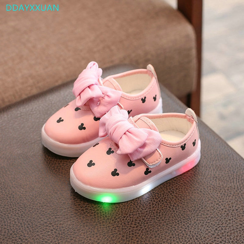 Kids LED Sneakers Printed 2018 New Autumn Toddler Brand Luminous Princess Baby Girls Casual Shoes For Children Shoes With Lights - thefashionique