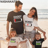 NASHAKAITE Family matching clothes Battery Print Matching T-shirt For Father Mother Daughter Son Baby Family tshirt