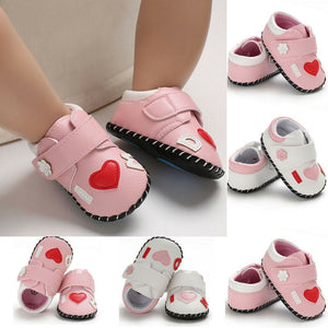 Newborn Baby Girls Shoes Cute PU Anti-slip Soft Crib Shoes Leather Sneakers Prewalker Boots Princess Floral Pattern Baby Shoes