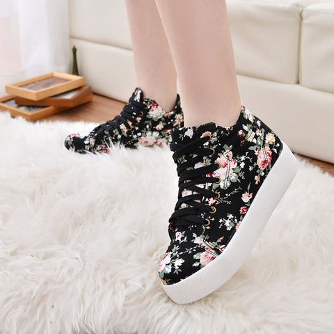 Women Floral Canvas Shoes Spring Autumn High Help Student Sneakers Lace Up Height Increase Ladies Casual Vulcanize Shoes LDW903