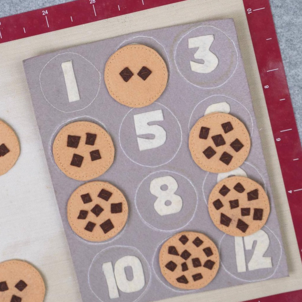 Play Factory Counting Cookies