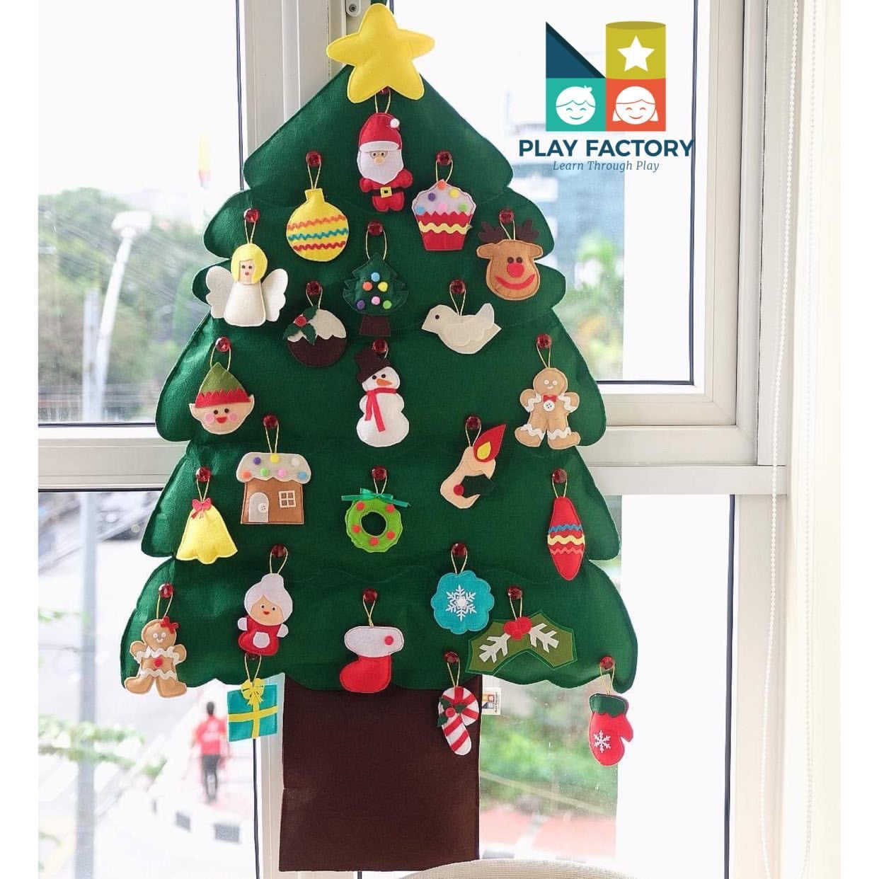 Play Factory Wall/Hanging Christmas Tree