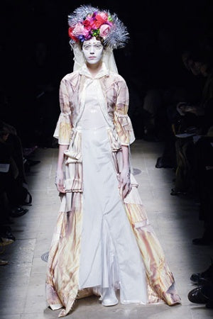 comme-broken-bride-20-vogue