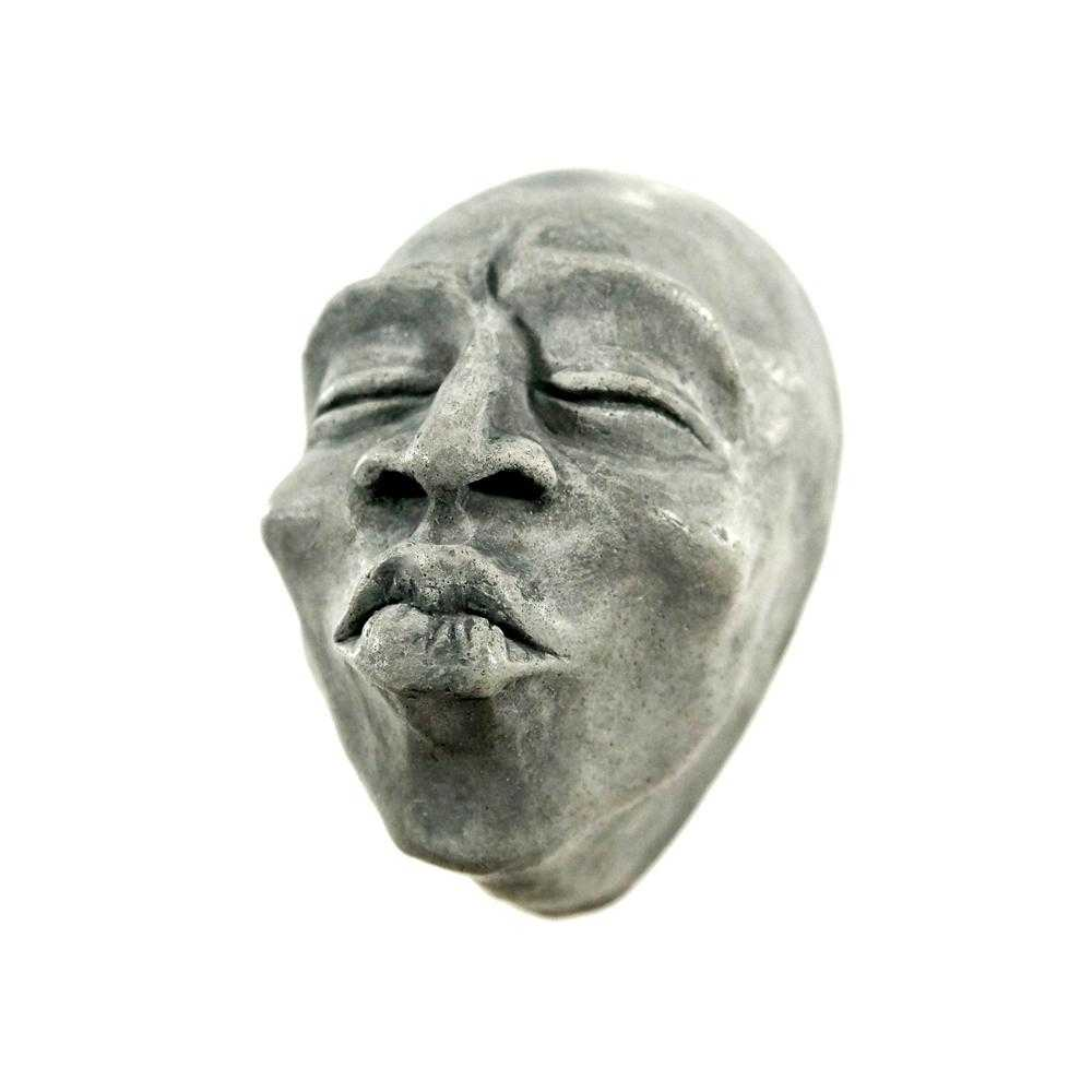 Small Art | Cement Sculpture | Kissing Face | Gray