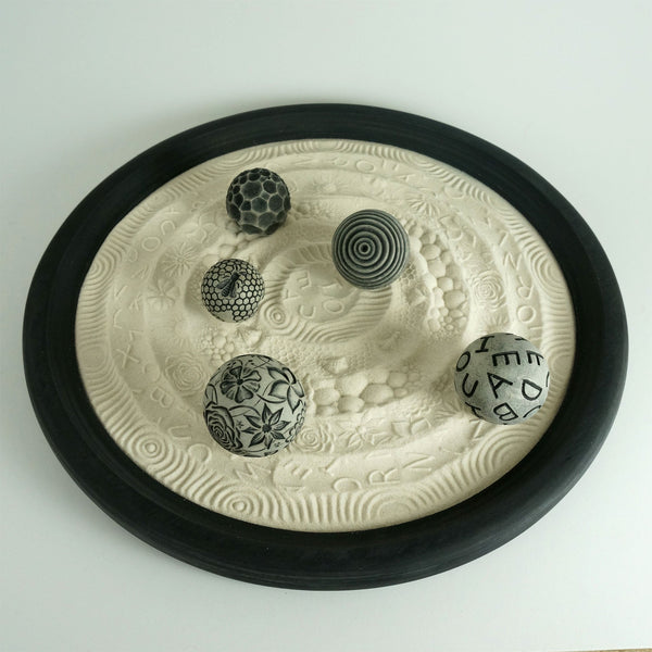 "Tabletop Modern Zen Garden: Simply the Best Package, 15"" Circular Wooden Tray, 24oz Sand & 5 Spheres"