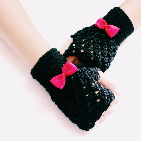 Noir Bow Crochet Handmade Fingerless Woolen Gloves - Crochita