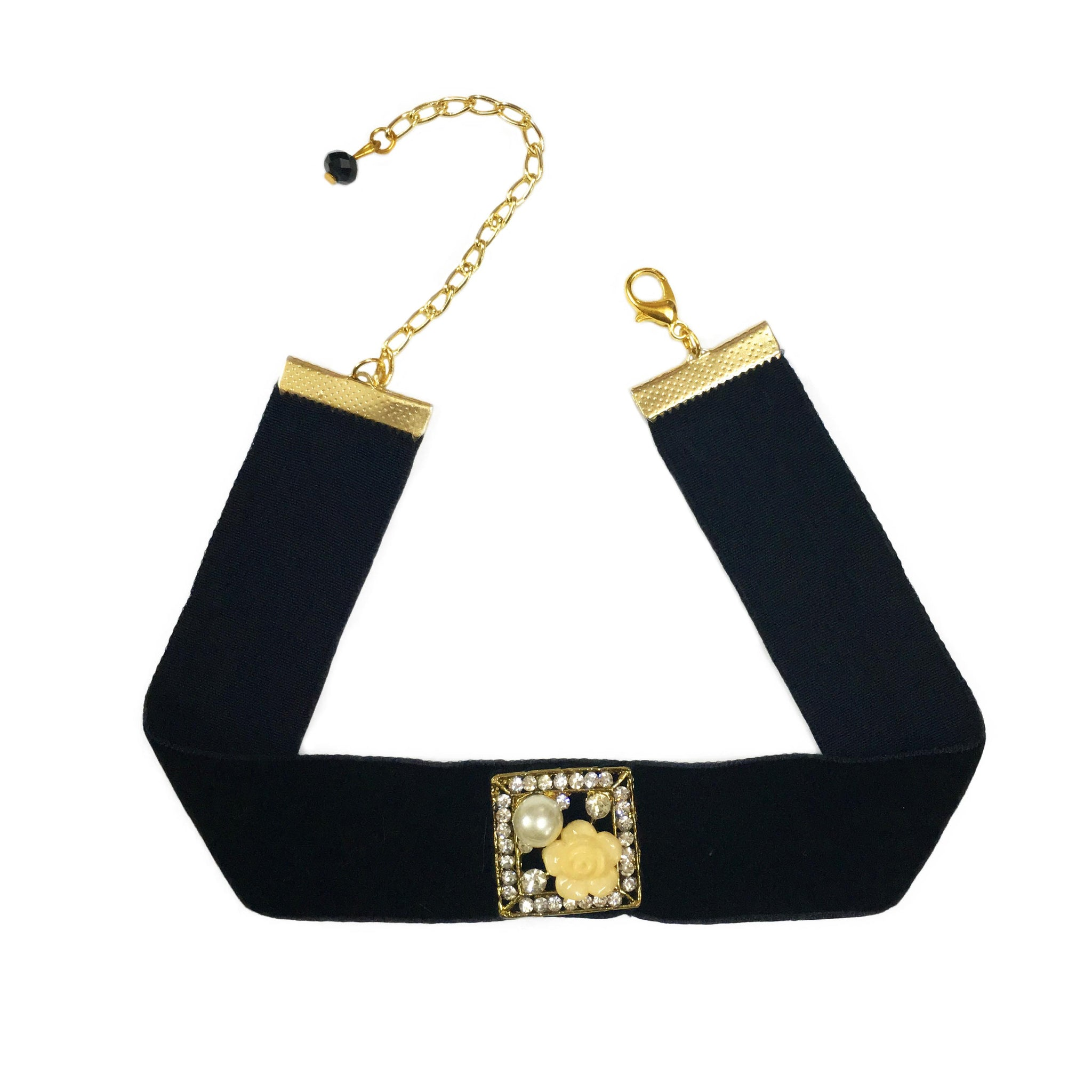 Black Velvet Pendant Choker Necklace inspired by Sonam Kapoor's Look