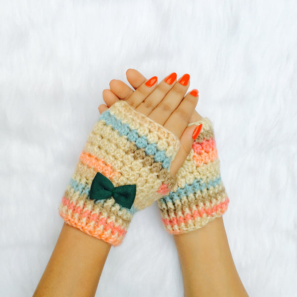 Candy Crush Bow Crochet Handmade Fingerless Woolen Gloves - Crochita - 1
