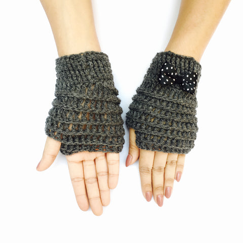 Sardine Crochet Handmade Finger-less Gloves - Crochita