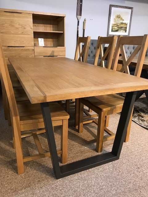 Calla 1.8 mt Dining Table