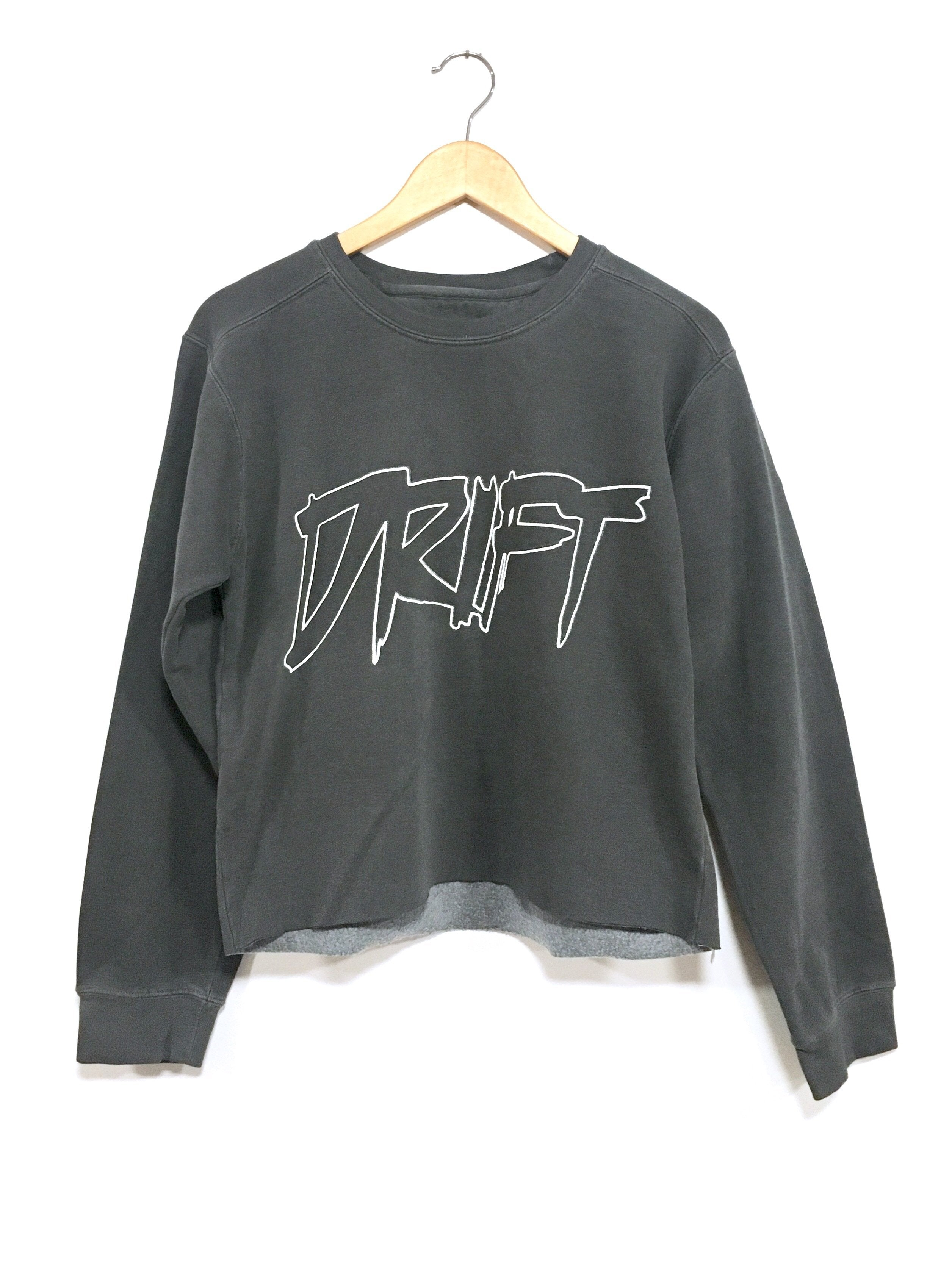 DRIFT CREWNECK