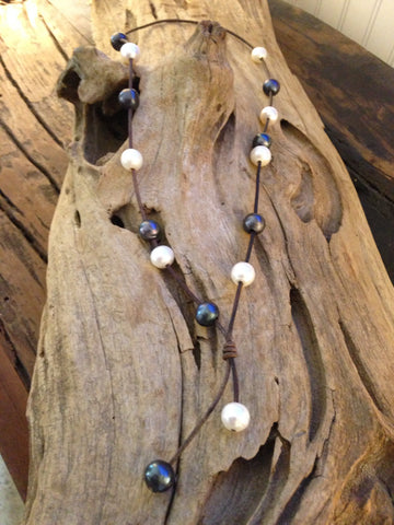 Black and White Pearl & Leather Lariat Necklace
