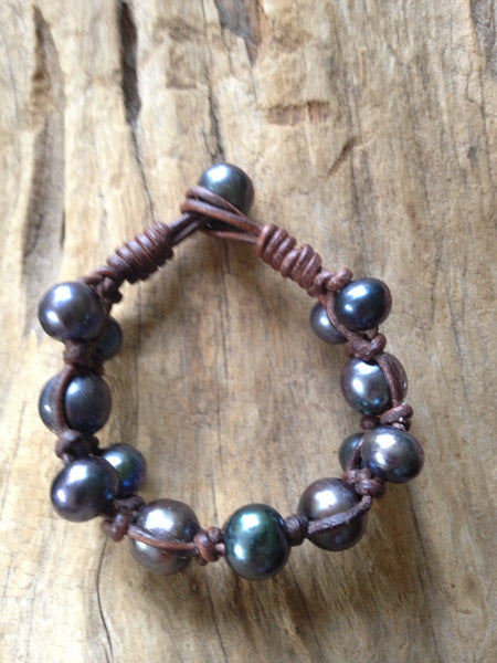 Black Peacock Pearls and Leather Bracelet