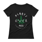 PLANTS OVER PILLS - Ladies' Scoopneck T-Shirt • RobbyZEN