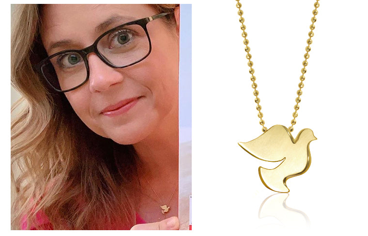 Jenna Fischer wearing Alex Woo Little Faith Peace Dove in 14kt Yellow Gold