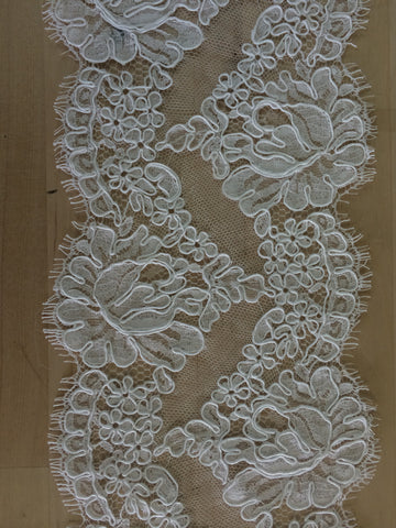 "6"" French Alencon Lace Trim Color: White Item #432-R6"