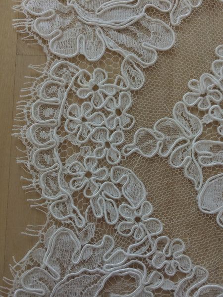 "Strip 4.5 yd of 6"" French Alencon Lace Trim Color: Silk White Item #432-R6"