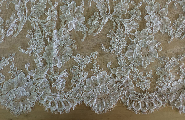 "Strip 4.5 yd of 72"" French Alencon Lace Trim Color: White Item #539- R72"