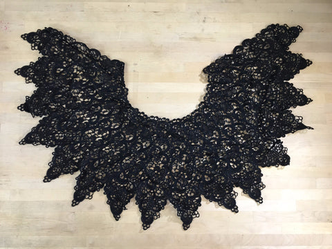 Black Venise Collar Applique