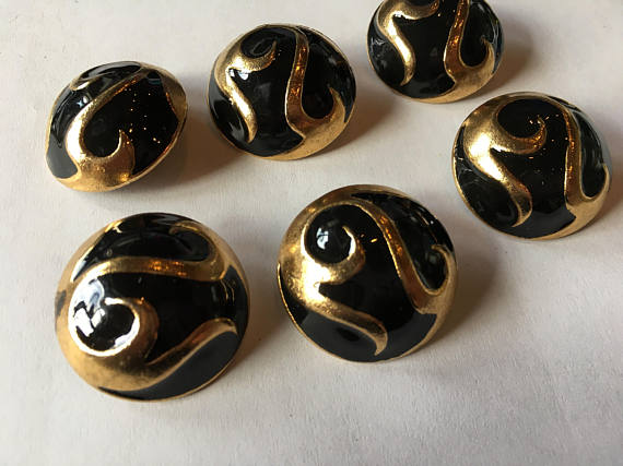 Medium gold metal button with black accent, 26 mm 1 inch sewing buttons, 6 vintage,