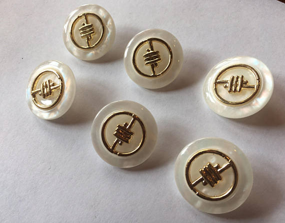 Medium Ivory sewing buttons 19 mm 3/4 inch sewing buttons, 6 vintage, plastic buttons, mother of pearl finish with gold accent