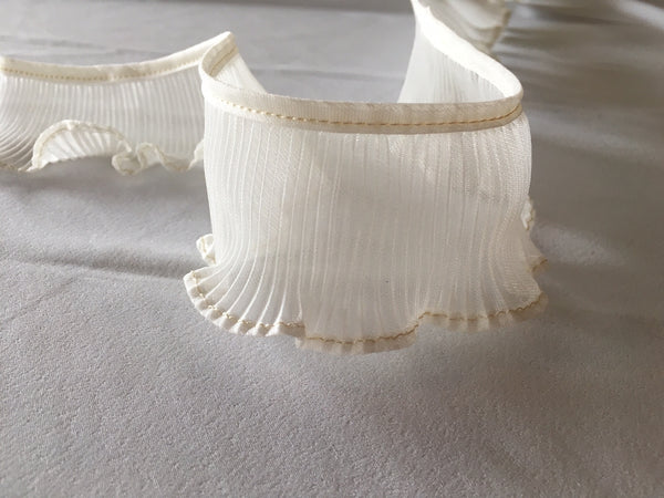 Ivory pleated ruffle trim