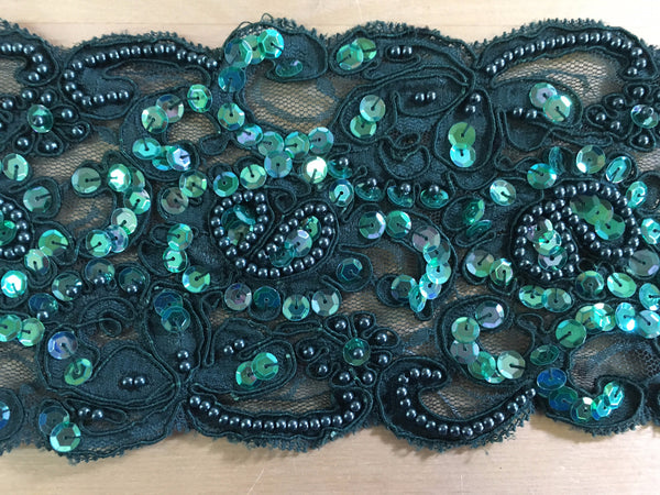 Emerald Re-Embroidered scalloped lace trim