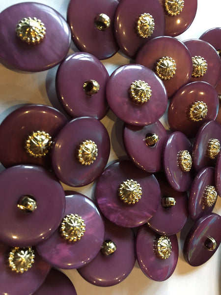 Medium light eggplant sewing buttons 23mm 7/8 inch sewing buttons, 6 vintage, plastic buttons