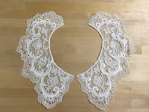 White Lace Collar Applique