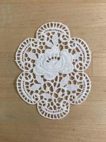 Ivory Medallion Venise Applique
