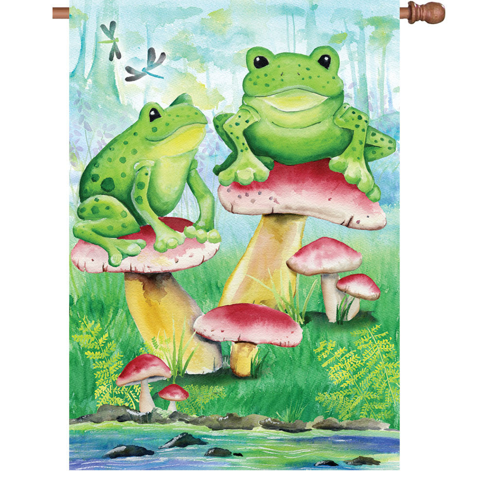 28 in. Heirloom House Flag - Frogs in the Woods