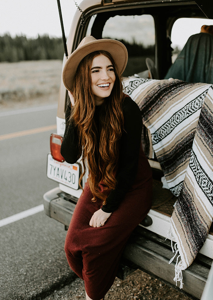 Road Trip with brown mexican blanket - Campo falsa blanket by Mntn & Moon